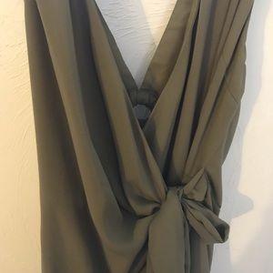 Gilli Dresses - Pretty boutique bought wrap olive dress